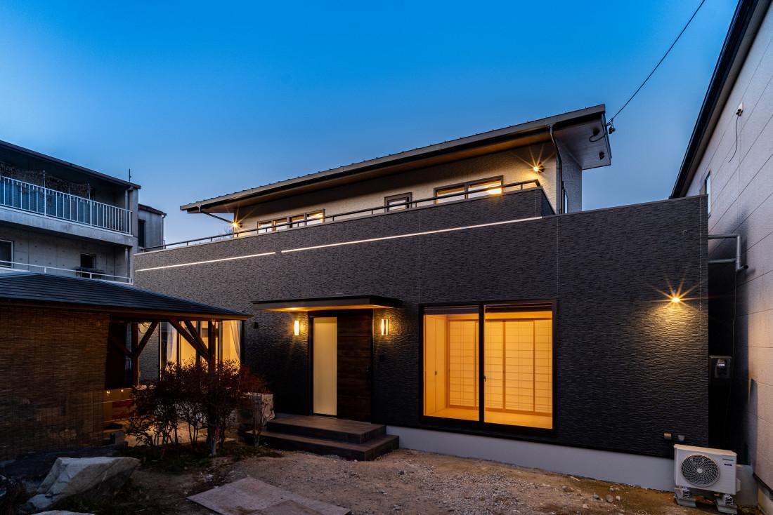 『和』をイメージした大型住宅 アイキャッチ画像