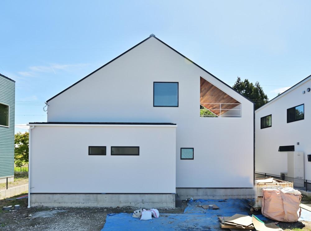 gable roof house アイキャッチ画像