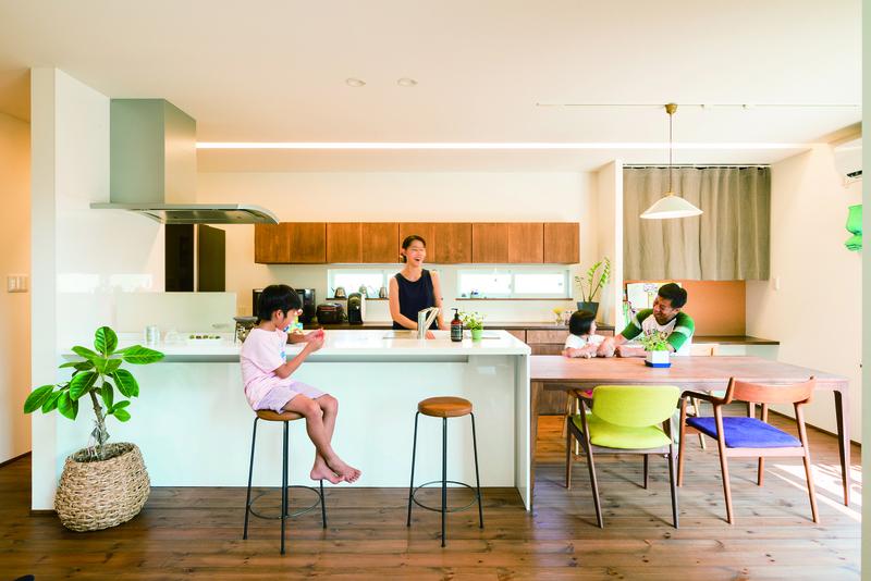 これから子どもたちの自慢の家になっていきそうです。 メイン画像