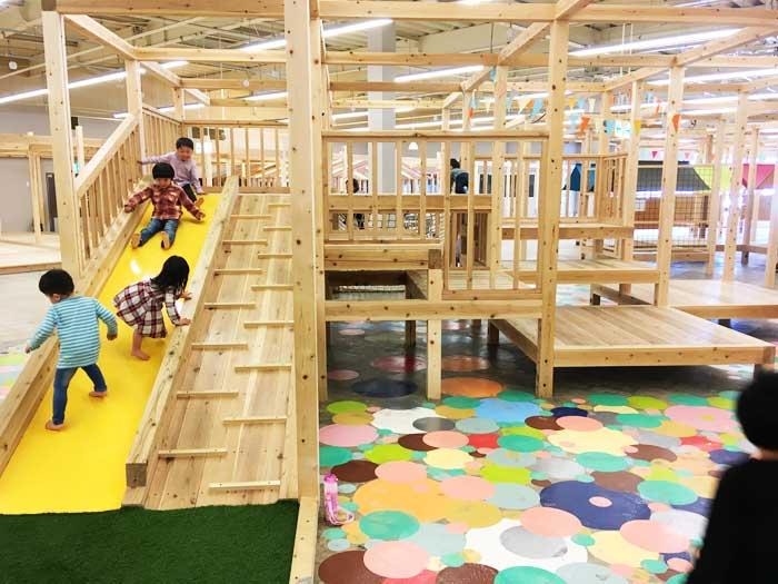 子どもが夢中で遊べる施設「moriwaku market」|岐阜 アイキャッチ画像