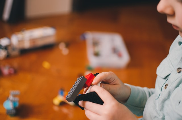 家の中で起きる子どもの事故と対策とは?